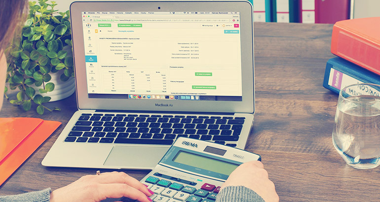 Why You Should Hire a Professional Bookkeeper for Your Company